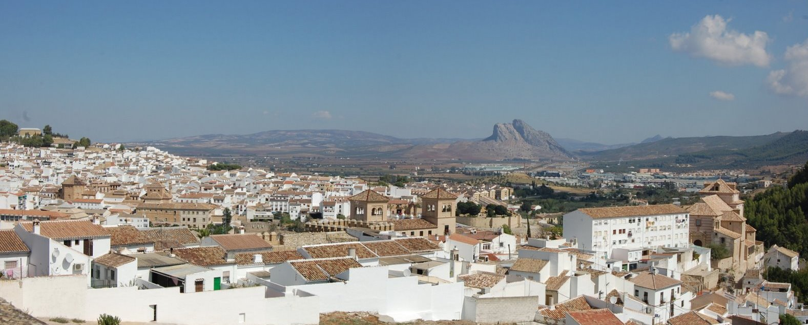 2008_09_29_spain_antequera_view_from_st_maria_stitched2.jpg